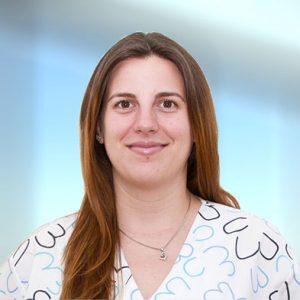 Снимка на д-р Катя Ханджийска към профила й в сайта на Поликлиника България